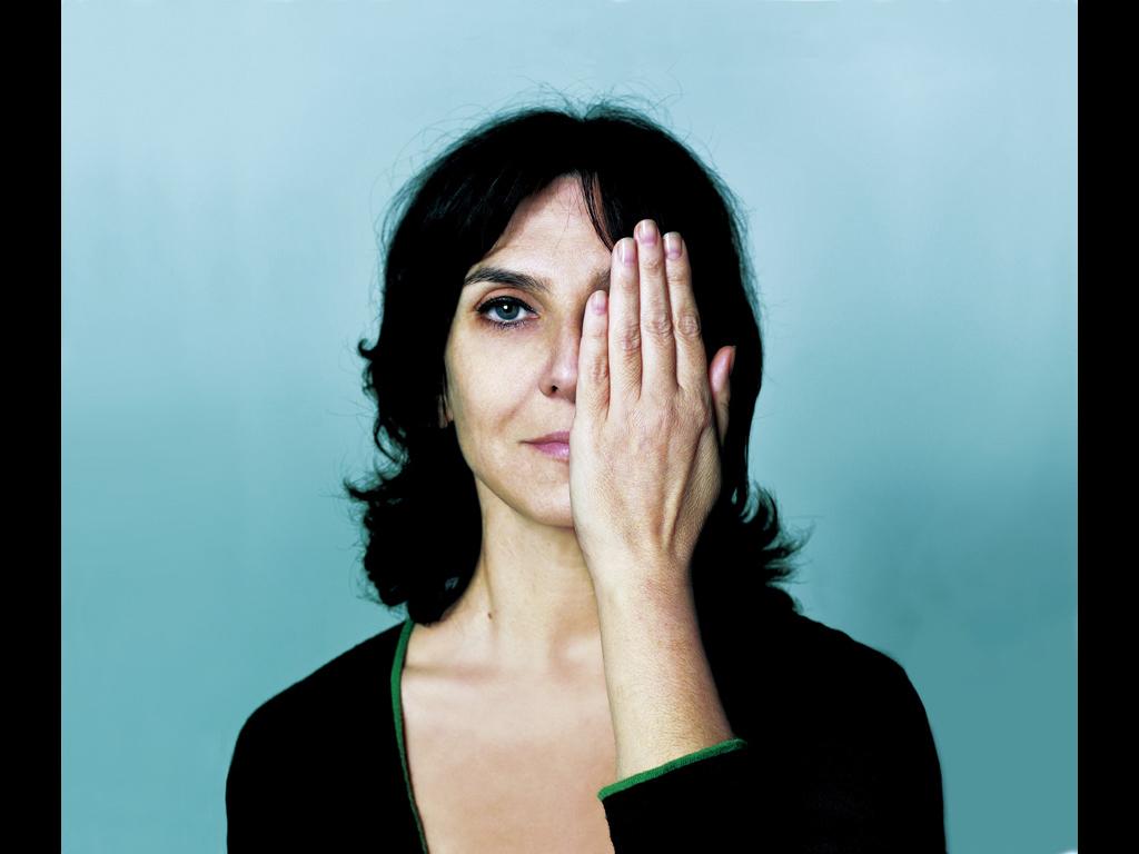 Sophie Calle: M'as-tu vue, 2003