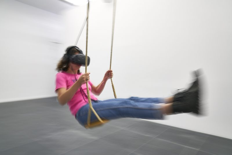 "Christin Marczinzik & Thi Binh Minh Nguyen, ""Swing"", 2015"